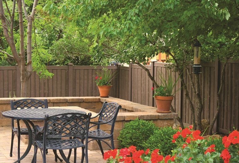CertainTeed SimTek Ashland Fence in Walnut Brown